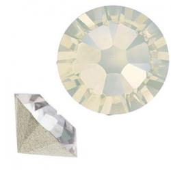 SWAROVSKI® 1028 White Opal